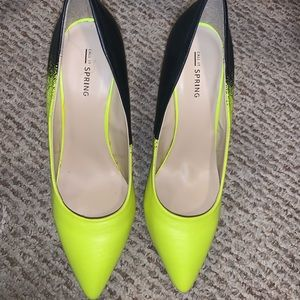 Never worn before Neon/Black shoes